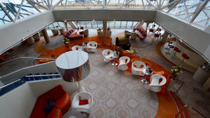 Die Café Lounge im Mittelpunkt des Diamanten