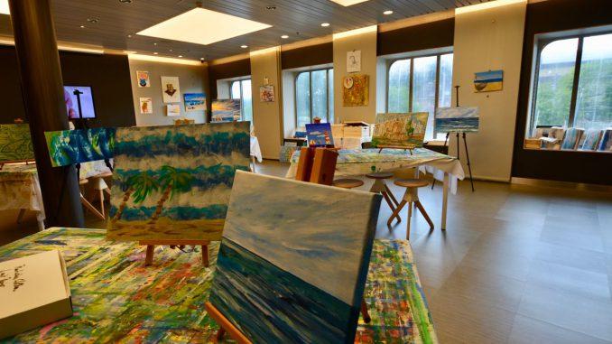 Im Atelier kann zum Beispiel gemalt werden