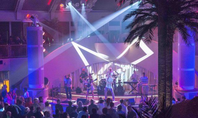 Die Band Correcto im Beach Club
