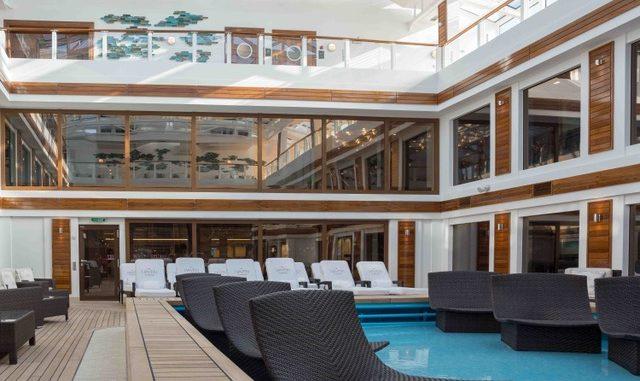 Der Poolbereich im The Haven Suitenbereich