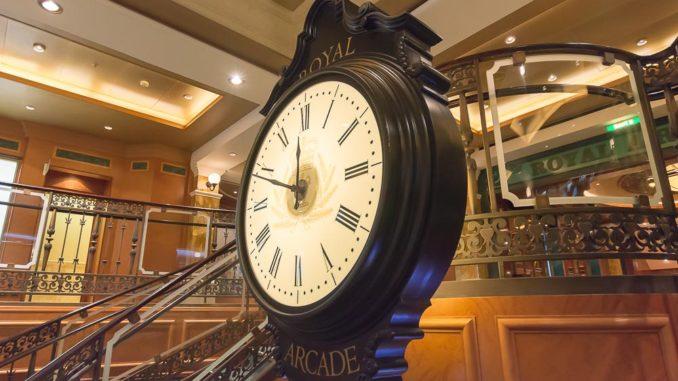 Alle 30 Minuten ertönt der Big Ben in der Royal Arcade