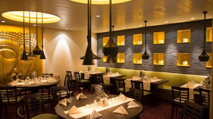 Sitzbereich im East Restaurant der AIDAperla