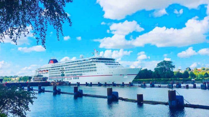 Die Europa 2 erhielt die Höchstnote im Berlitz Cruise Guide 2020