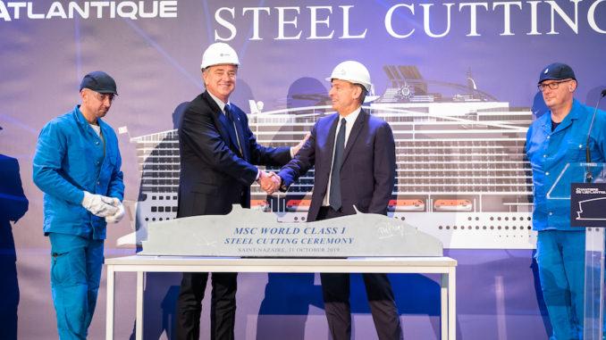 Pierfrancesco Vago, Executive Chairman von MSC Cruises und Laurent Castaing, General Manager von Chantiers de l'Atlantique. Foto: MSC