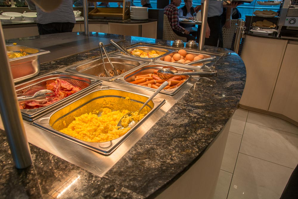 Frühstücksbuffet im VISION-Restaurant