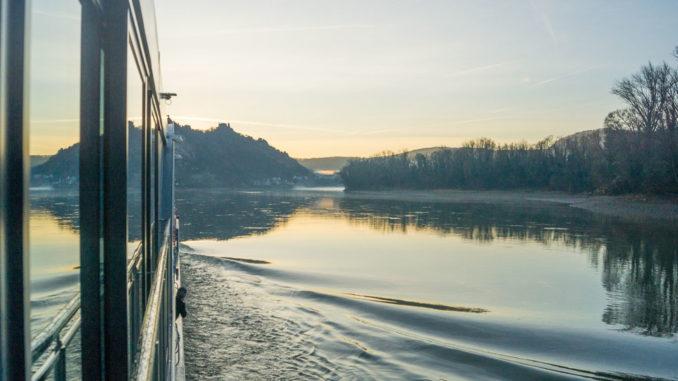 Unterwegs auf der goldenen Donau