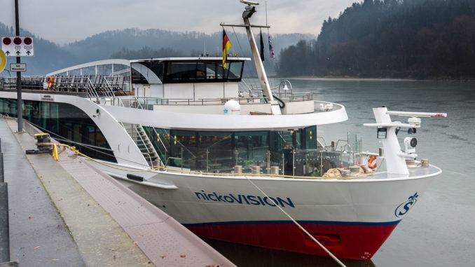 Die nickoVISION begrüßt uns in Passau