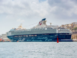 Die Mein Schiff Herz im Hafen von Valletta