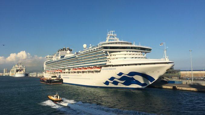 Die Saga Sapphire (hier in Barcelona) ist das Schwesterschiff der Diamond Princess