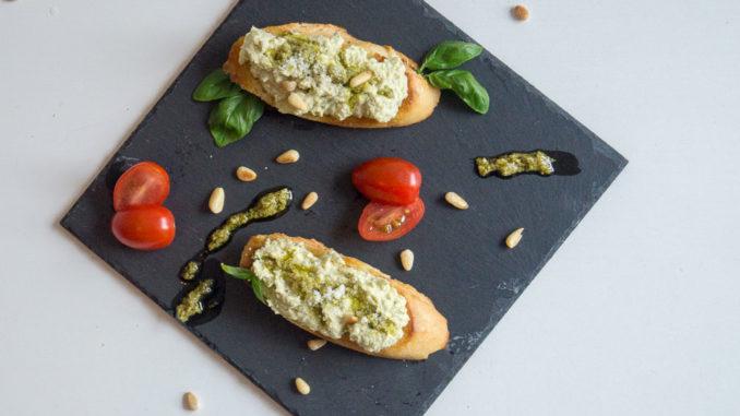 Unsere Creamy Mozzarella & Pesto Appetizer nach Crystal Cruises Rezept