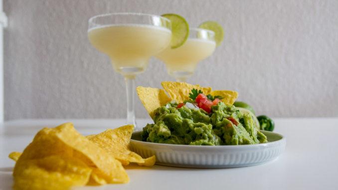 Bei uns gab es zur Guacamole noch leckere Margaritas
