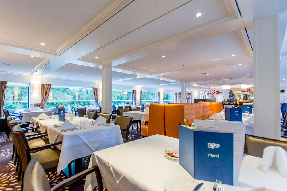 New Orleans Restaurant an Bord der River Voyager