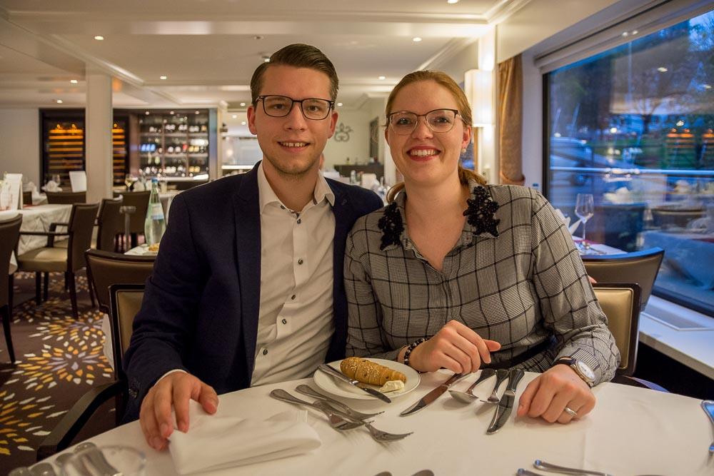 Beim Gala Dinner an Bord der River Voyager